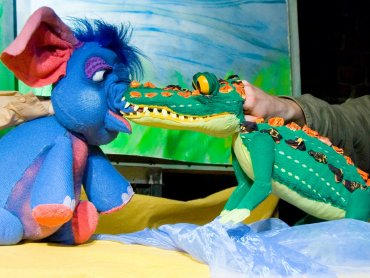 """""""Takie sobie bajeczki"""" to spektakl złożony z kilku opowieści o zwierzętach (fot. FB Teatr Gry i Ludzie)"""