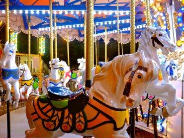 Jedną z atrakcji jarmarku będzie wiedeńska karuzela (fot. foter.com)