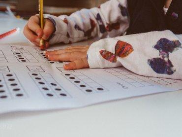 """""""Porozmawiajmy o matematyce"""" to konferencja, która może zainteresować wielu rodziców (fot. foter.com)"""
