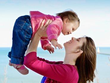 O tym, jak być silnym rodzicem dowiecie się na spotkaniu w Biblioforum (fot. foter.com)