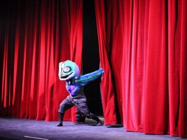 """""""Cicho"""" to niezwykły spektakl, który możecie oglądać w Teatrze Dzieci Zagłębia im. J. Dormana w Będzinie (fot. mat. Teatr Dzieci Zagłębia)"""