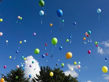 Balony, malowanie buziek i wesołe zabawy czekają na dzieci w CH Stara Kablownia (fot. foter.com)