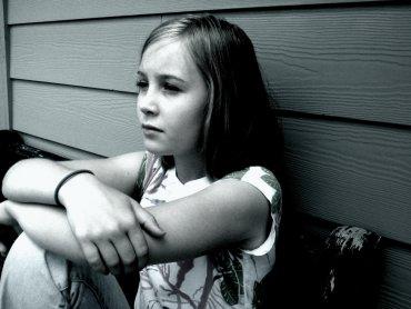 Według danych Fundacji Dzieci Niczyje jedno na pięcioro  dzieci w Europie jest wykorzystywane seksualnie (fot. foter.com)