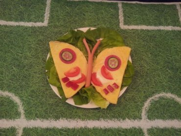 Tak podany omlet zachwyci każdego malucha (fot. Aneta Borowczyk)