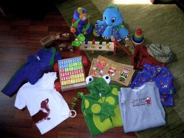 Swap party to impreza, na której uczestnicy wymieniają się ubraniami (fot. foter.com)