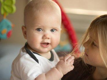 """""""Rozwijanka"""" to bezpłatne warsztaty dla rodziców niemowląt (fot. foter.com)"""