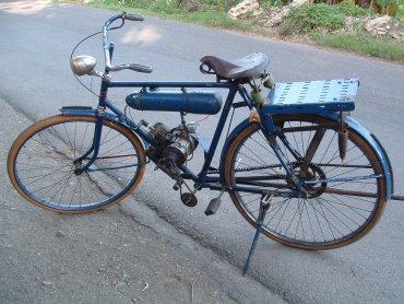 Jak zrobić moplik, czyli motorower dowiedzą się uczestnicy sobotnich spotkań (fot. foter.com)