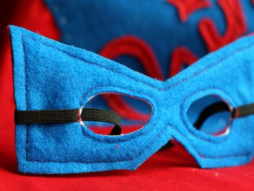 Maski do kostiumów dzieci będą mogły wykonać na miejscu (fot. foter.com)