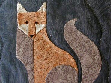 Czy leśna kompania poradzi sobie ze złośliwym lisem? Tego dowiecie się na sobotnim spektaklu (fot. foter.com)