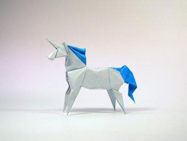 Tajniki origami przedstawi Halina Rościszewska-Narloch z Polskiego Towarzystwa Origami (fot. foter.com)