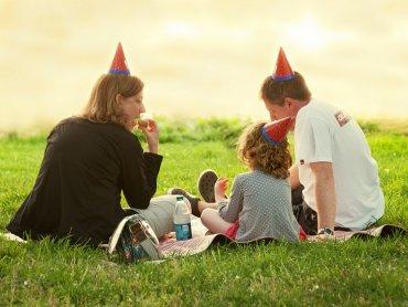 Święto Rodziny to okazja do wspólnego spędzenia czasu na przykład na festynie w Jaworznie (fot. foter.com)