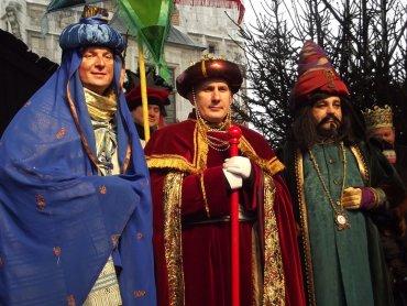 Orszak Trzech Króli w Chorzowie Starym wyruszy o godz. 17 (fot. foter.com)