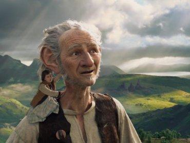 """""""Bardzo Fajny Gigant"""" to film, który zobaczycie na najbliższym spotkaniu """"Rodzina do kina"""" (fot. mat. organizatora)"""