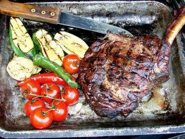 Podczas Rynku Smaków swoje kultowe grillowane dania będą serwowali m.in. B.B. Kings – zdobywcy 1. miejsca podczas The European Street Food Awards Polska (fot. archiwum zdjęć na Fb BB.Kings)