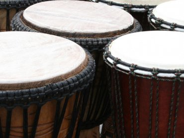 """W piątek w ramach cyklu """"Muzyczne Gliwice"""" będzie można wziąć udział w warsztatach bębniarskich (fot. sxc.hu)"""