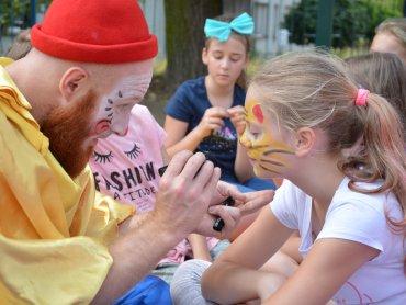 W sierpniu na ulice Bytomia wyjedzie specjalny BeCeKoBus oferujący ciekawe warsztaty (fot. mat. organizatora)