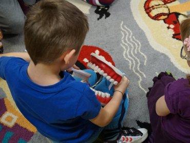 """W programie """"Dzieciństwo bez próchnicy"""" może wziąć udział nawet 50 tys. dzieci z województwa śląskiego (fot. mat. organizatorów)"""