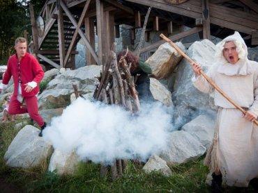 Warownia Pszczyńskich Rycerzy organizuje różne, ciekawe zajęcia i pokazy dla dzieci (fot. materiały Warowni)