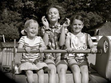 Dzień Dziecka, to świetny czas, żeby pokazać pociechom, jakie zabawy królowały na podwórkach, kiedy my byliśmy mali (fot. pixabay)
