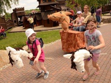 Jakie atrakcje przygotowano z okazji Dnia Dziecka w Warowni Pszczyńskich Rycerzy? (fot. mat. organizatora)