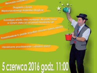 """""""Magia z bliska"""" to interaktywny spektakl magiczny z udziałem dzieci (fot. mat. organizatora)"""