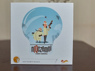 """""""NIQczemni"""" to gra planszowa, która pozwala wcielić się graczom w postać szalonego naukowca (fot. Ewelina Zielińska)"""