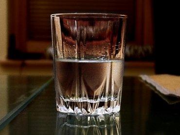 Alkohol w rodzinie to poważny problem... jak z nim walczyć, aby nie ucierpiało dziecko...