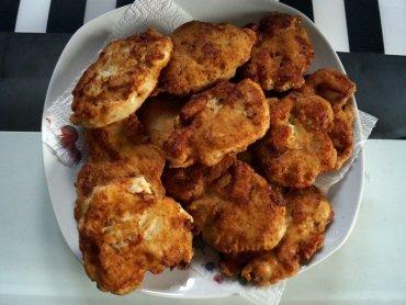 Kotlety z kurcaka w cieście majonezowym to świetny pomysł na szybki i smaczny obiad (fot. SilesiaDzieci.pl)