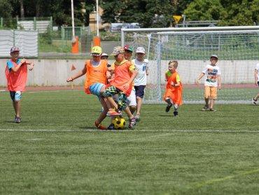 """W akcji """"Lato otwartych boisk"""" mogą uczestniczyć dzieci w wieku od 6 do 16 lat (fot. mat. organizatora)"""