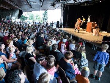 Na scenie w ramach Letniej Grządki Teatralnej wystąpi Teatr CoNieco (fot. mat. organizatora)