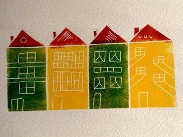 Zabawa z linorytem pozwoli dzieciom odkryć nową technikę plastyczną (fot. mat. organizatora)