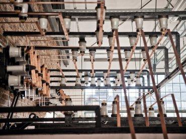 Wnętrza zrekonstruowano z dużą dbałością o szczegóły (fot. mat. prasowe)