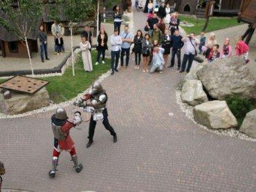 Warownia Pszczyńskich Rycerzy przygotowuje gry i zabawy dla dzieci w każdy weekend (fot. mat. organizatora)