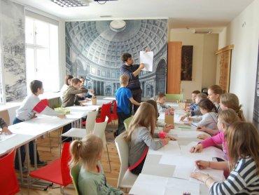 Baśniowe zajęcia da dzieci odbędą się tym razem w Radiostacji (fot. mat. organizatora)