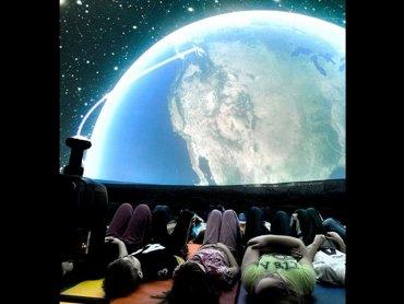 Mobilne planetarium znajdziecie na szczycie Czantorii 21 lipca w godz. 11-14 (fot. mat. organizatora)