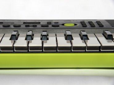 """""""W krainie muzyki"""" to letnia prelekcja słowno-muzyczna dla dzieci (fot. pixabay.com)"""