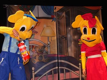Pagonek i Gusia to sympatyczni bohaterowie, których poznacie na sobotnim poranku teatralnym (fot. Starochorzowski Dom Kultury)
