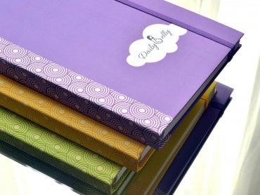 W naszym konkursie jest do wygrania pamiętnik ciążowy w żółtej oprawie (fot. materiały sponsora)