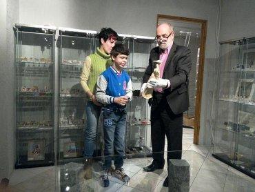 Odwiedzając w marcu i kwietniu Muzeum Miniaturowej Sztuki Profesjonalnej - pomagamy Dominikowi (fot. mat. muzeum)