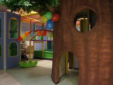 Sala zabaw Hula Park znajduje się w CH Plaza w Sosnowcu (fot. materiały bawialni)