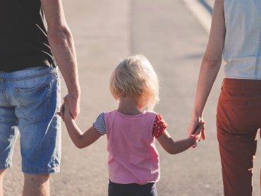 Zmiany wprowadzone przez MRPiPS spowodują, że trudniej będzie uzyskać 500 zł na pierwsze dziecko (fot. pixabay.com)