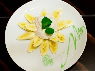 Lody bananowe to zdrowy deser, który można przyrządzić również cukrzykom (fot. Sylwia Kościelny)