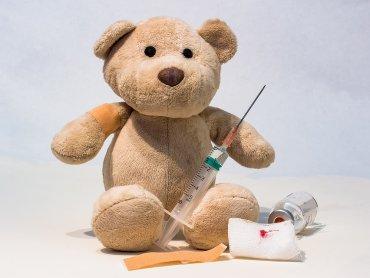 Fb czy też YouTube chcą ograniczać treści antyszczepionkowe w debacie publicznej (fot. mat. pixabay)