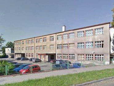 Szkoła Podstawowa nr 1 im. Rudolfa Zaręby w Tychach (fot. archiwum zdjęć szkoły na Fb)