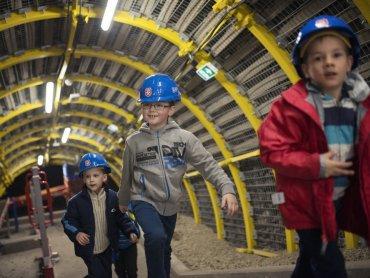 Podziemna trasa kopalni Sztolnia Królowa Luiza, od której rozpocznie się zwiedzanie, mieści się przy ul. Mochnackiego 12 w Zabrzu (fot. mat. organizatora)