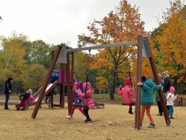 Nowy park powstał na terenie zrewitalizowanego skweru Szynol (fot. mat. prasowe)