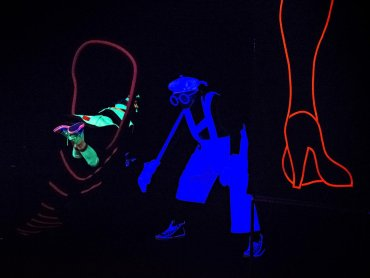 """Podwójną wejściówkę na przedstawienie """"Najmniejszy bal świata"""" można wygrać w naszym konkursie (fot. materiały Teatru Gry i Ludzie)"""