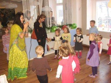 W Kawiarni ABC w Tarnowskich Górach dzieci często zabawiane są przez animatorów (fot. mat. ABC Cafe)