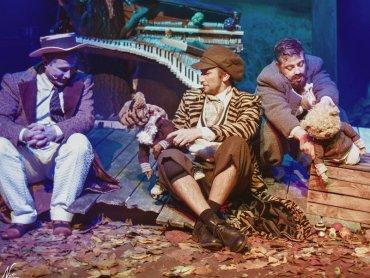 Teatralny świat jak zwykle pełen jest pięknej scenografii i wyjątkowych przygód (fot. Bożena Nitka)