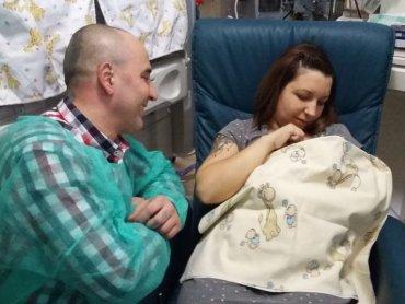 Szczęśliwi rodzice trojaczków - Ania Czapnik i Paweł Noworol (fot. mat. Szpitala Miejskiego w Rudzie Śląskiej)